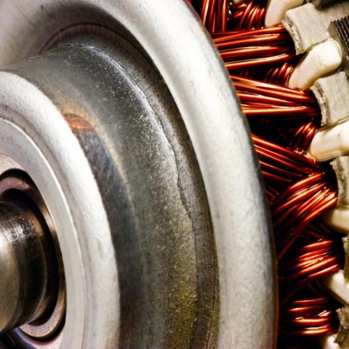 Motores Eléctricos y Generadores